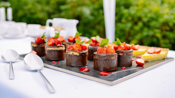 dulciuri nunta catering