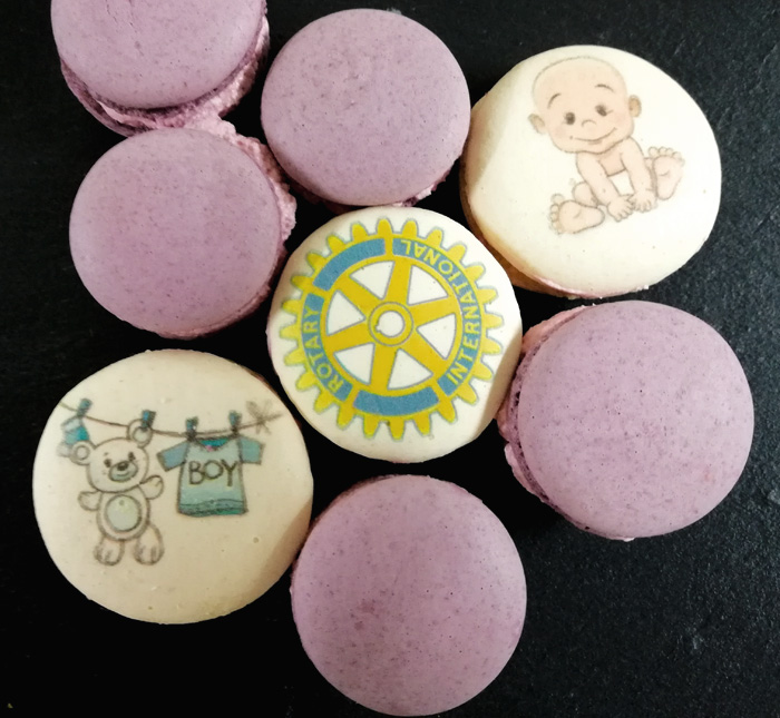 macarons cu sigla